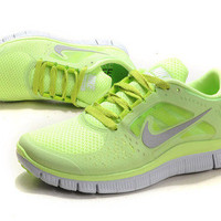 2012 Women Nike Free Run+3 Liquid Lime/Silver-Pure Platinum-Volt Sz 8 MSRP $136