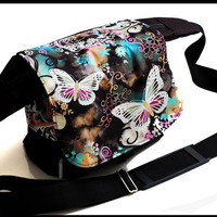 Medium Fashion Digital SLR Messenger Camera Bag by sizzlestrapz