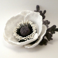 Felt flower brooch White Poppy by Roltinica on Etsy