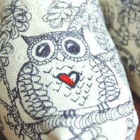Owl TOMS, Women's size 7, ready to ship for holiday gift -  No waiting.