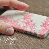 Apple iphone case for iphone iphone 3Gs iphone 4 iphone 4s iPhone 5 : Vintage pink floral design