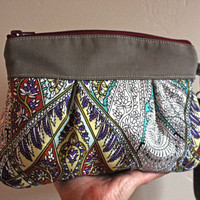 Cyber Monday SaleKitt Wristlet/ Pouch/ Makeup bag/ by cindymars7