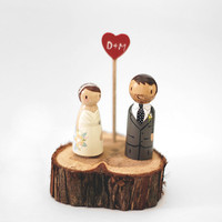 Custom Rustic Handcrafted Hand Painted Wedding Cake Topper/Decoration Piece / Tree Slice Wedding Cake Topper