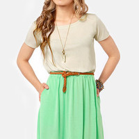 Vent-ner's Reserve Beige and Mint Green Dress