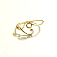New small heart ring made on gold colored copper wire, gauge 20- keoops8- by Dereck Maltez custom size