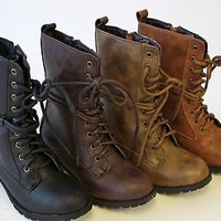 Alice 2 women Low Heel Knight &amp; Military ankle combat Boots British Style