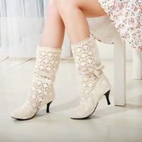 Lace boots with high hail beige