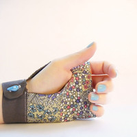 Fingerless gloves Liberty cotton drop button OOAK Jye by Joliejye
