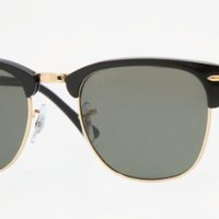 Amazon.com: Ray Ban Sunglasses RB 3016 Clubmaster 901/58 Black/Polarized Crystal Green, 51mm: Ray-Ban: Shoes