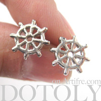 Small Helm Wheel Shaped Nautical Stud Earrings in Silver