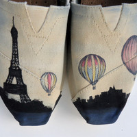 La Tour Eiffel TOMS by LamaLand on Etsy