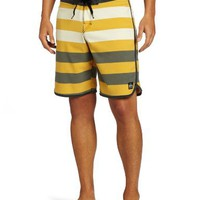 Amazon.com: Quiksilver Men's Cypher Brigg Scallop Boardshort: Clothing