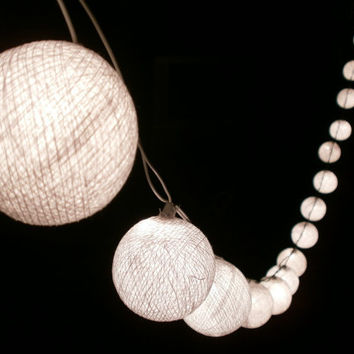Pure White Hanging stringlights for party and home decoration indoor and outdoor (20 balls/pack)