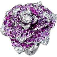 White gold diamond ring -