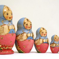 Russian Nesting Dolls by RetroAndCo on Etsy