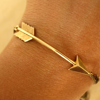 GOLD Arrow BRACELET by iadornu on Etsy