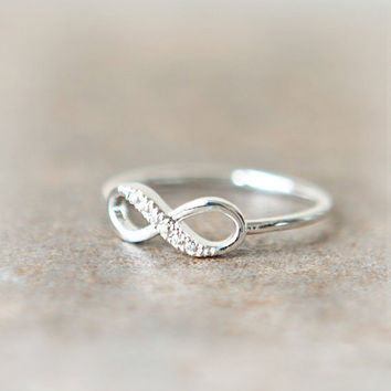 Infinity Ring in silver by laonato on Etsy