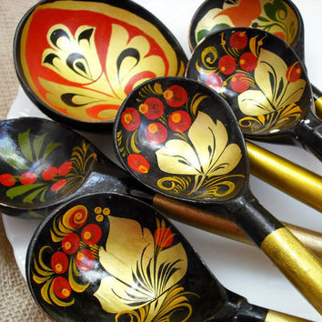 ESTATE SALE  Vintage Russian Lacquered Khokloma by theloosegoose