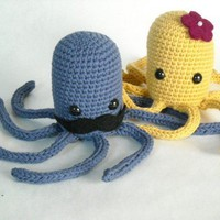 $25.00 Octopus pair by llcourtney on Etsy