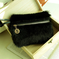 Easy to Carry Ladies Clutches Black Wholesale : Wholesaleclothing4u.com