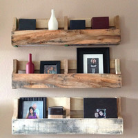 Reclaimed pallet shelf (set of 3)