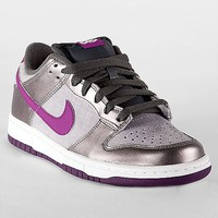 Nike 6.0 Dunk Low Shoe - Women's Shoes | Buckle