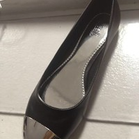 ballet flats metal toe
