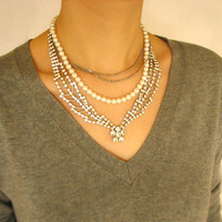 Pearls in Crystal & Chain Necklace 1