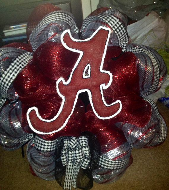 Bama Deco Mesh and Houndstooth Wreath with Burlap A