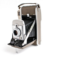 Vintage Polaroid Land Camera Model 80A -  1950s Retro Photography / Highlander Accordion