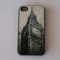 Hard Apple iPhone Case Vintage Big Ben London by CreateItYourWay