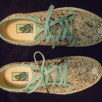 Custom Designed Vans Sho...