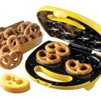 Amazon.com: Nostalgia Electrics SPF200 Soft Pretzel Maker: Kitchen & Dining