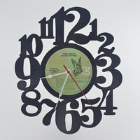 Unique Wall Clock (artist is Carly Simon)