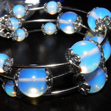 SALE 30 / Rainbow Moonstone Bracelet / Valentines day/ by Marywool