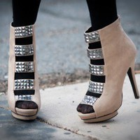 Wild Rose Trey-106 Pyramid Studded Ankle Bootie (Lt Taupe) - Shoes 4 U Las Vegas