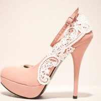 Pink Pumps with White Venise Lace  Size 85 by LaPlumeEthere