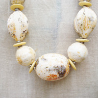 Marbled Bead Necklace / Vintage Ceramic Bead Necklace