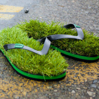 Grass Flip Flops | Incredible Things