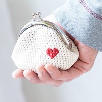 Crochet coin purse, Love My Heart in white