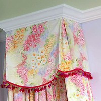 Design Dazzle: DIY - Bed Crown Canopy