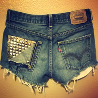 Highwaisted Levi Shorts by PeaceLoveStuds on Etsy