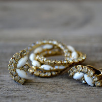 Stunning Rhinestone and Pearl Brooch and Earring Set 1940&#x27;s