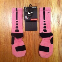 Nike Elite Custom Basketball Socks - Pink w/Black Stripe NWT - Sz M *RARE*
