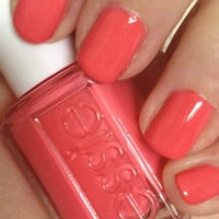 New! ESSIE ♥ CUTE AS A BUTTON ♥ Beautiful Nail Lacquer Polish~ Full Size!