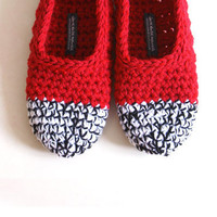 Crochet Slippers In Red, Black & White | Luulla