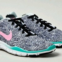 Nike free tr fit squiggl...