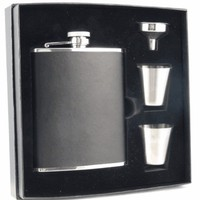 "Visol ""Ano"" Black Leather 6oz Deluxe Flask Gift Set"