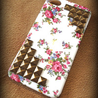 Free Shipping - Antique Bronze Studded iPhone 4 Floral Case