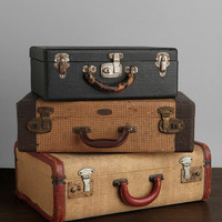 Urban Outfitters - Vintage Medium Suitcase